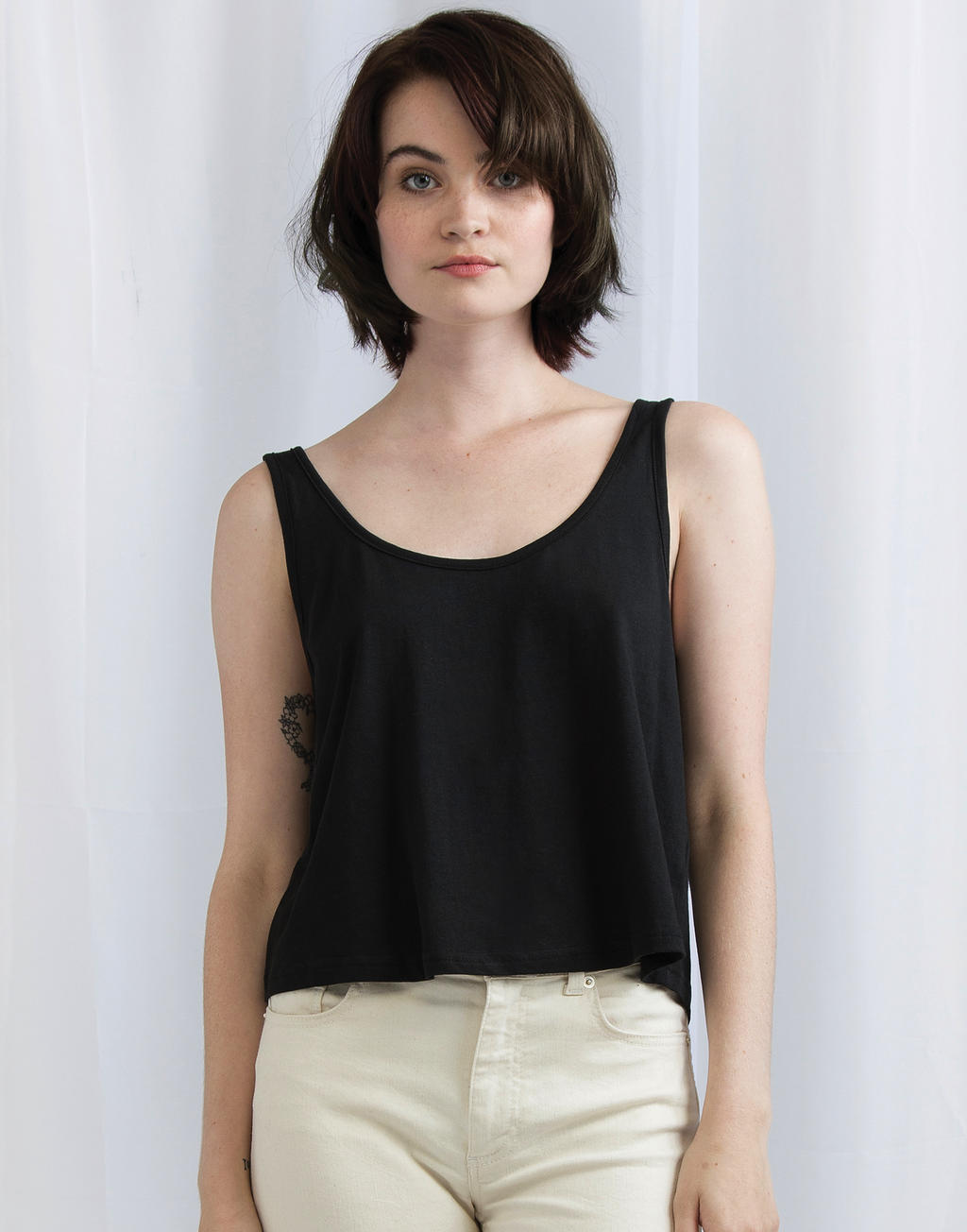 Mantis Women`s Crop Vest